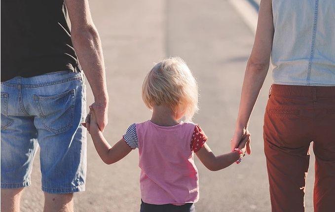 爸爸爱妈妈,是给孩子最好的教育